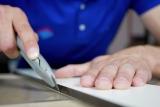 Comment couper du plexiglas avec un Dremel ?